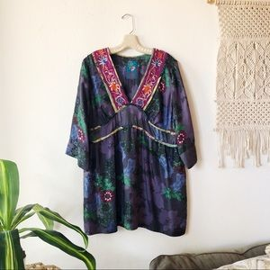 JOHNNY WAS 100% SILK FLORAL PATTERN TUNIC BLOUSE